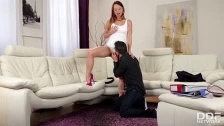 Ebony femdom strapon fucks white submissive