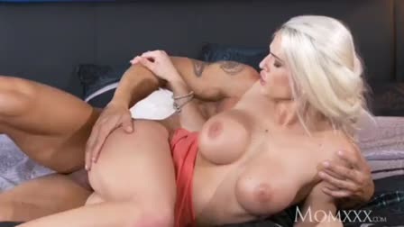 Mom Becky's first time Black Cock...F70